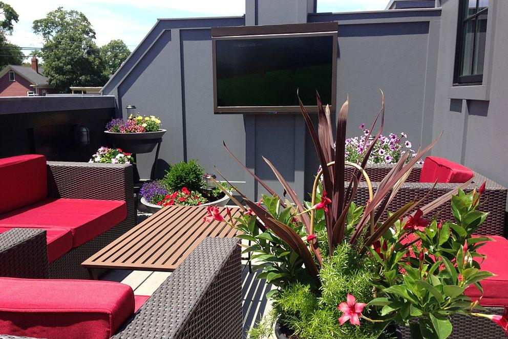 5 THINGS TO CONSIDER WHEN YOU WANT AN OUTDOOR TV OUTDOOR INNOVATIONS OITVS - Outdoor Innovations